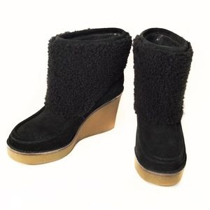 21469bd0237 NEW UGG Coldin Black Sheepskin Cuff Wedge Boot NWT